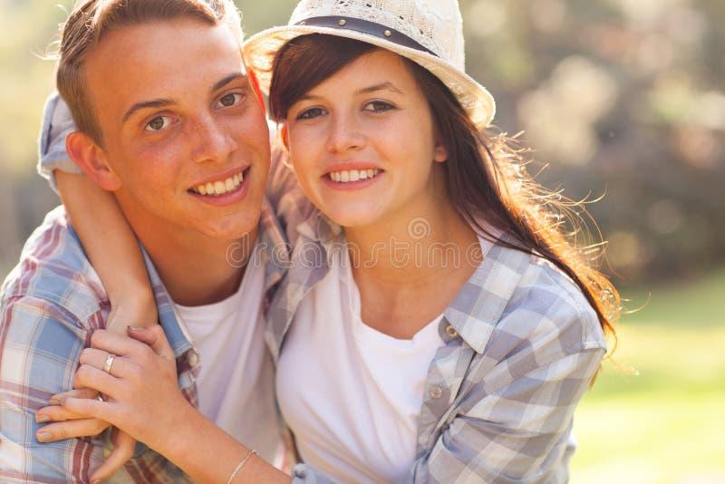 Paar eerste liefde stock foto