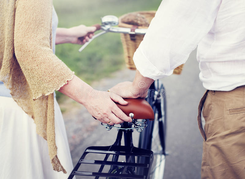 Paar-Ehemann-Frau-nettes Kaukasier Romatic-Konzept stockfotos