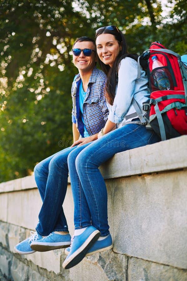 Paar in jeans stock fotografie