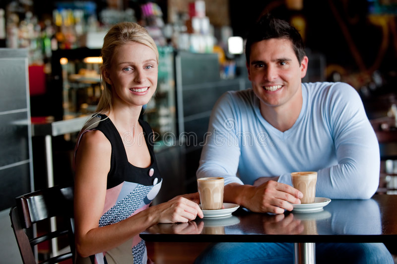 Paar in Koffie royalty-vrije stock afbeeldingen