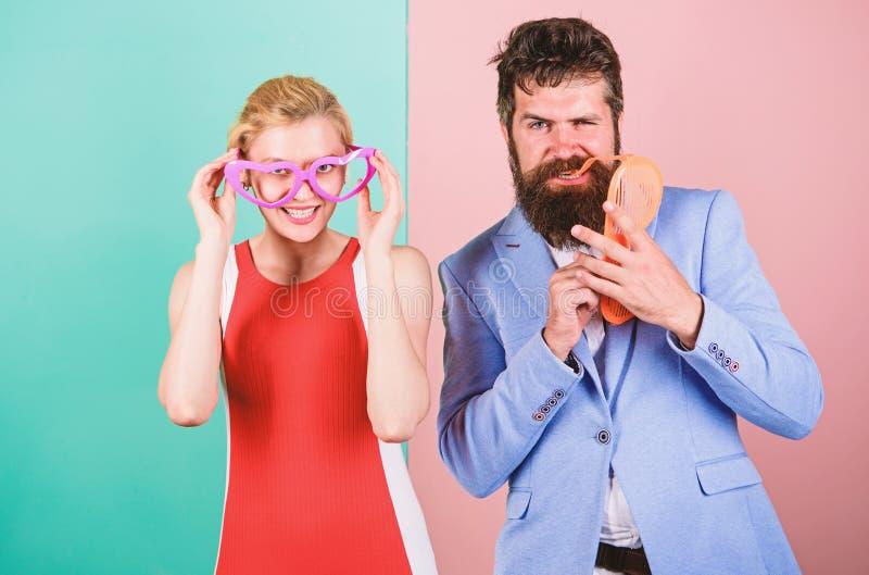 Paar in liefde relaties Frienship van de gelukkige mens en vrouw heup royalty-vrije stock foto's