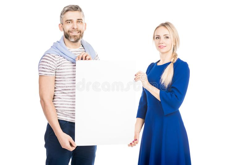 Paar met document royalty-vrije stock foto