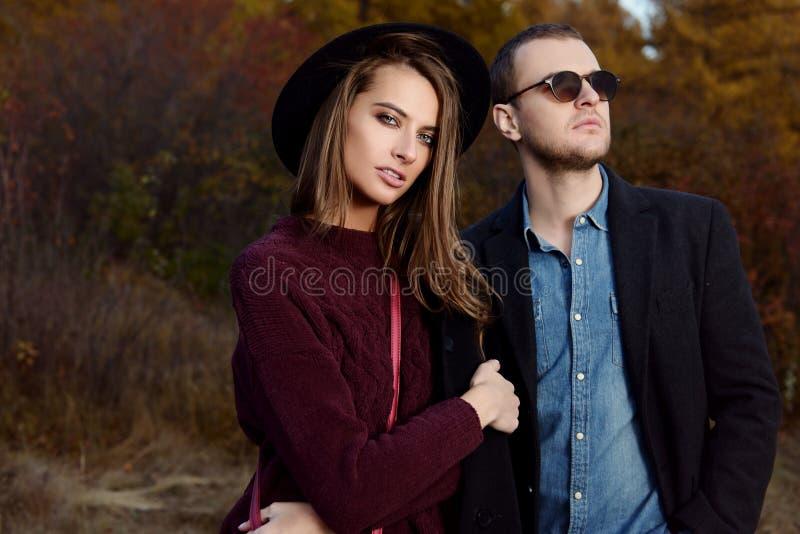 Paar op een gang stock foto