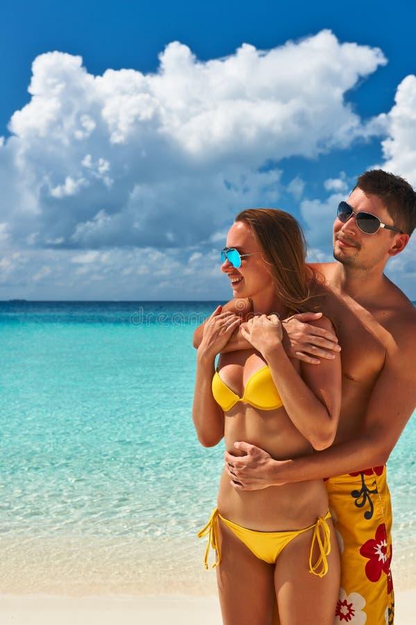 Download Paar Op Een Strand In De Maldiven Stock Afbeelding - Afbeelding bestaande uit omhelzing, leisure: 29504657