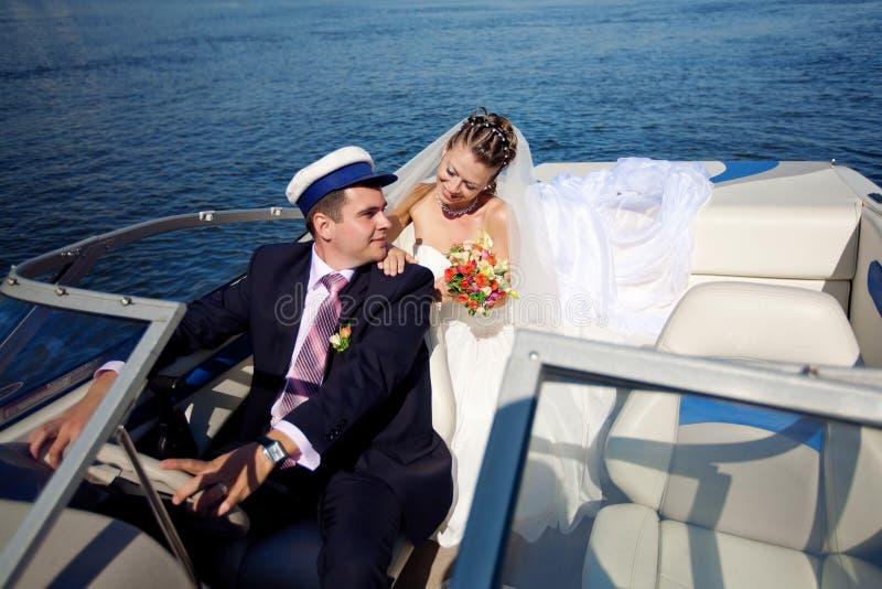 Paar op het jacht royalty-vrije stock foto