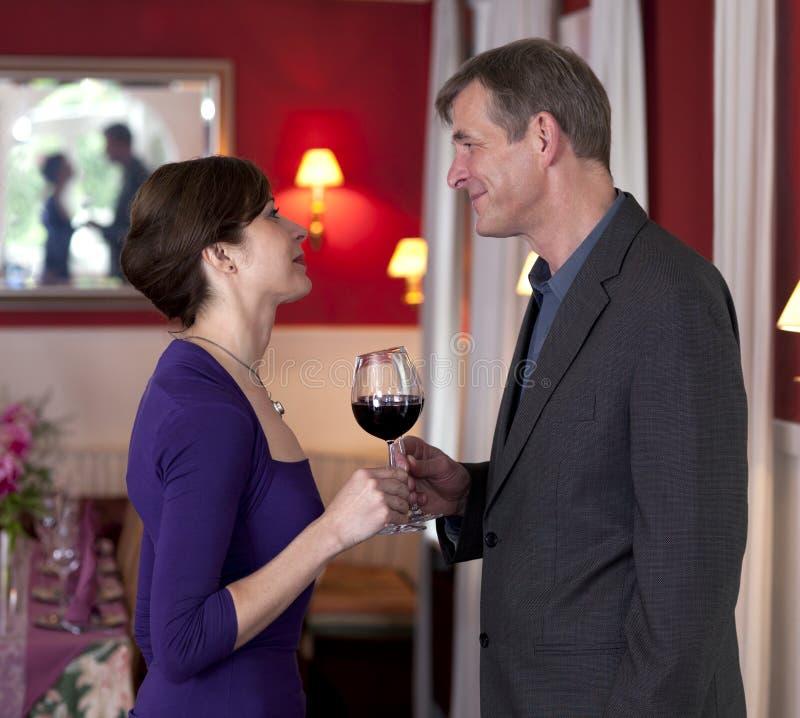 Paar op Romantische Afspraken royalty-vrije stock foto