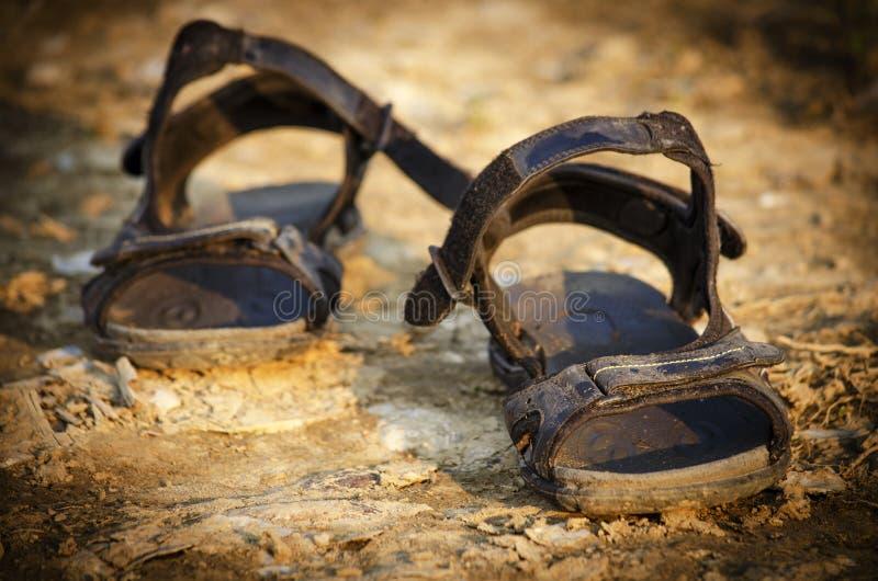 Paar oude sandals royalty-vrije stock foto