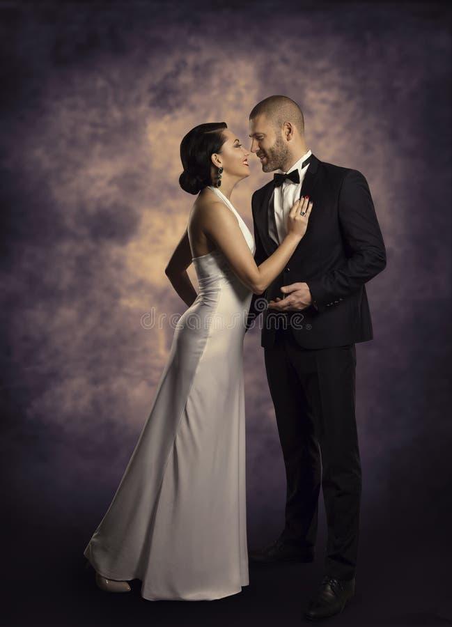 Paar Retro Man en Vrouw in Liefde, het Portret van de Manierschoonheid royalty-vrije stock fotografie
