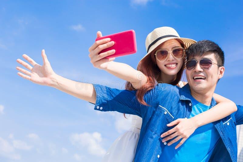 Paar selfie gelukkig stock afbeelding