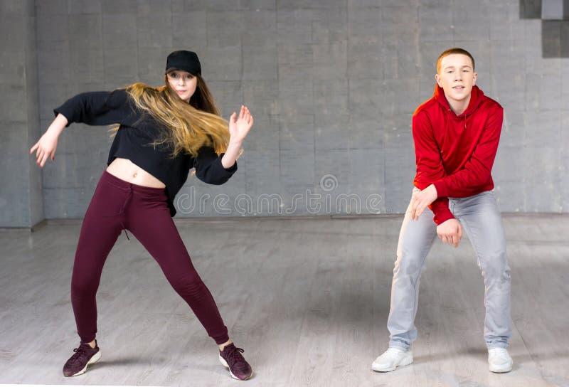 Paar van dansers in actie royalty-vrije stock foto