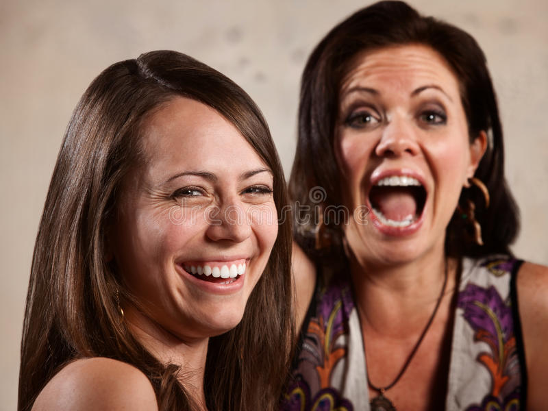 Paar van het Lachen van Dames royalty-vrije stock foto's