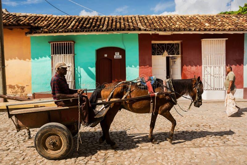 Paard getrokken kar op een straat in Trinidad Cuba royalty-vrije stock fotografie