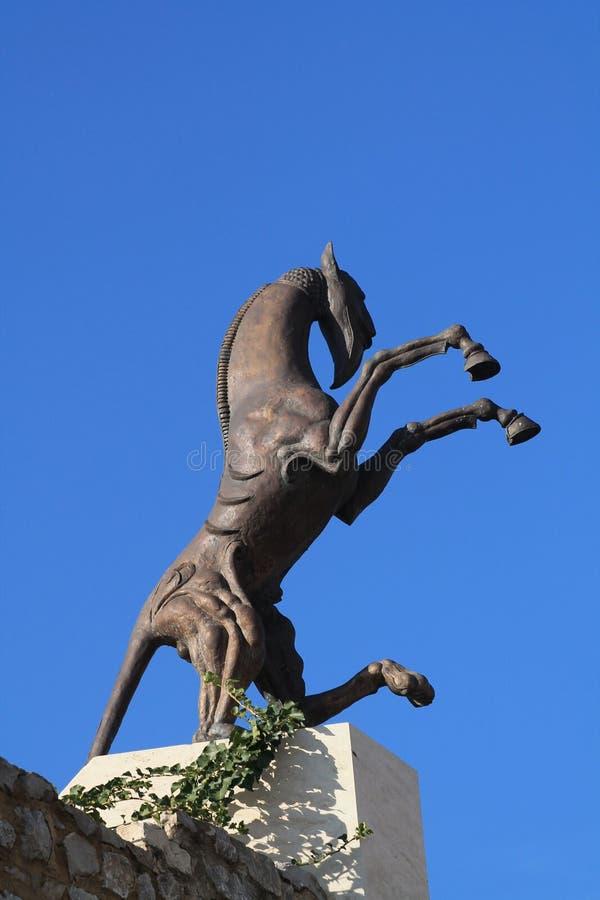 Paardstandbeeld stock afbeelding