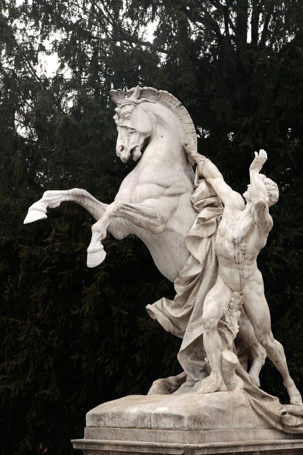 Paardstandbeeld, complexe Hofburg, Wenen, Oostenrijk stock afbeelding