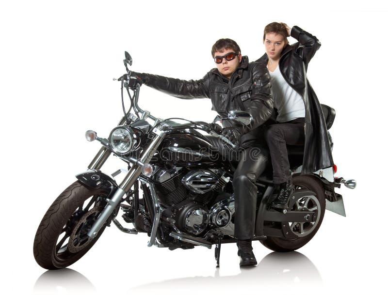 Paare auf Motorrad lizenzfreie stockfotos