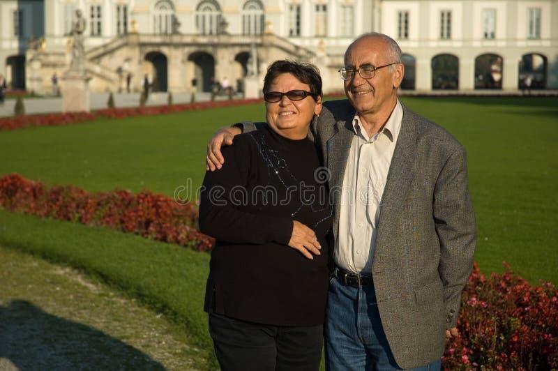 Paare in der Liebe stockbild