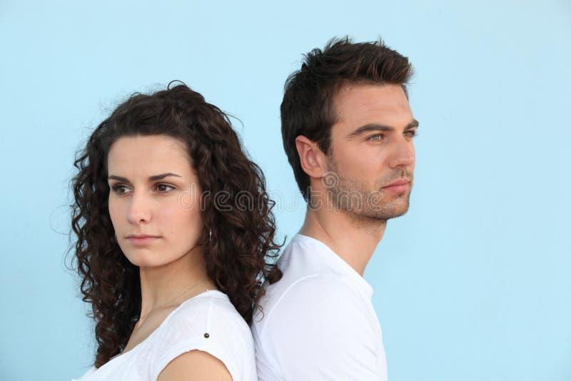 Paare, die einen Widerspruch haben stockfoto
