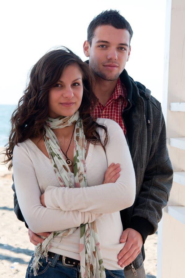 Paare, die Spaß haben lizenzfreie stockfotografie