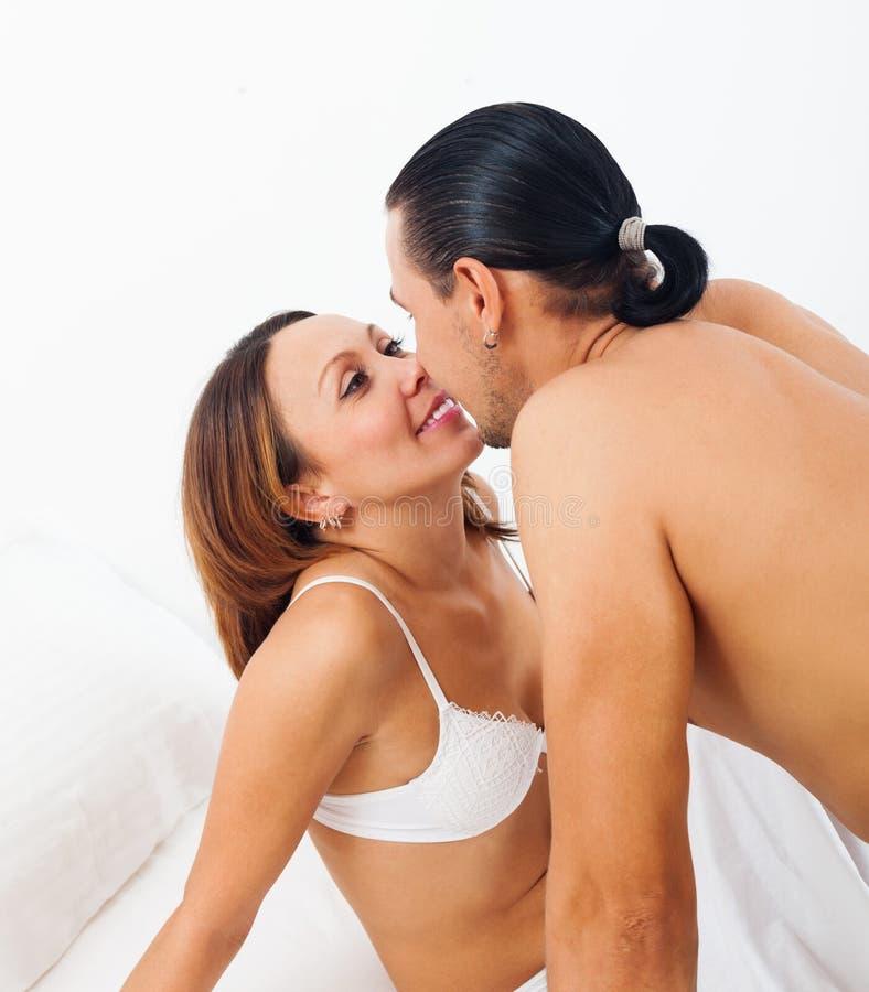 Kuss Spiele Im Bett