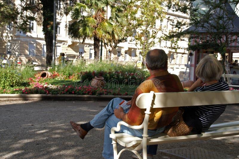 Paare in Meran lizenzfreie stockfotos