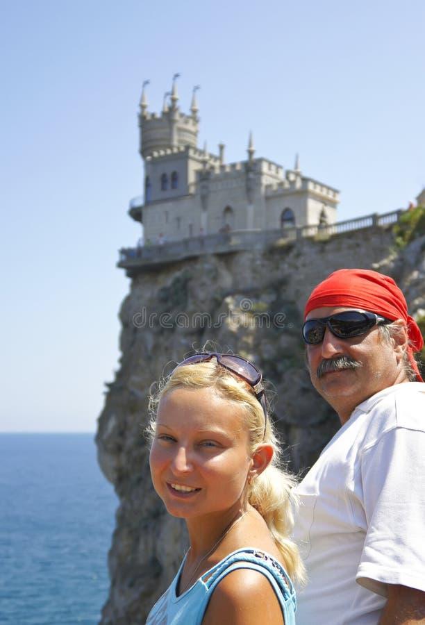 Paare reisten in die Krim lizenzfreies stockfoto