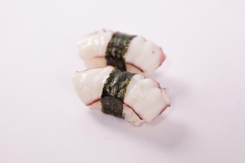Paare Sushi Tako (Krake) lizenzfreie stockfotografie