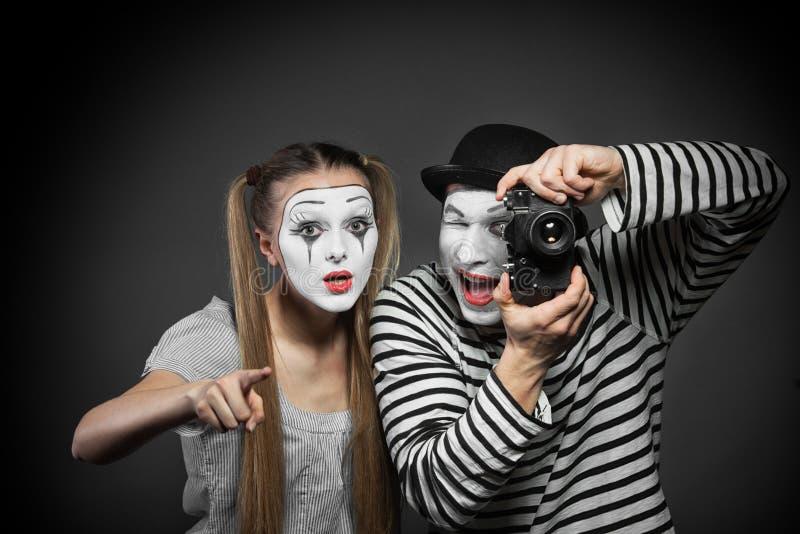 Paare von Pantomimen stockfotos