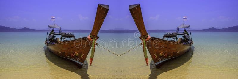 Paart Boot des Strandes stockbilder