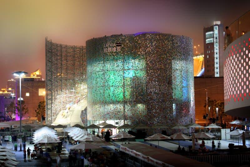 Pabellón de Latvia de la expo del mundo de Shangai fotos de archivo
