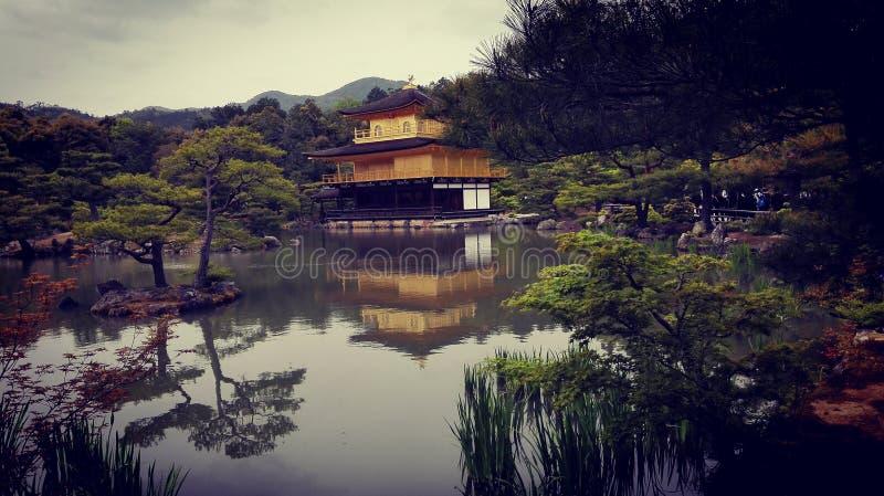 Pabellón de oro de Kinkaku-ji fotografía de archivo