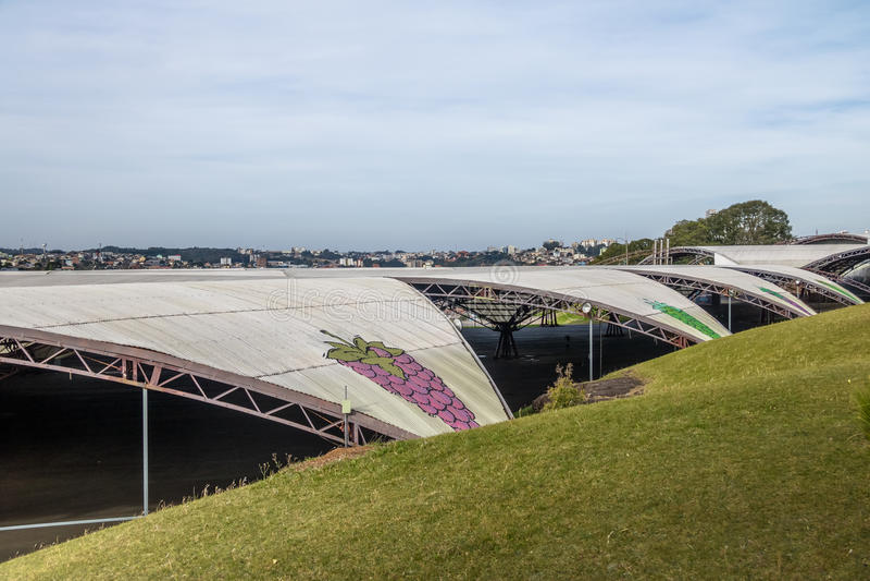 Pabellones del Fest de la uva de Festa DA Uva - Caxias hace Sul, Rio Grande fotografía de archivo libre de regalías
