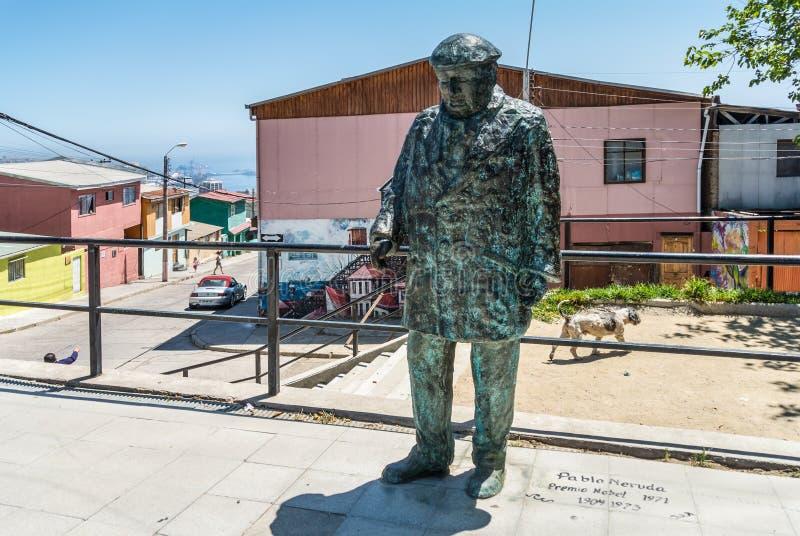 Pablo Neruda Statue fotos de stock royalty free