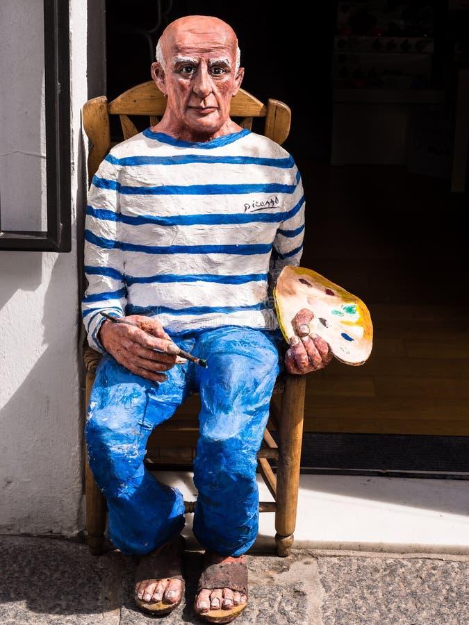 Pablo Picasso en el trabajo fotografía de archivo libre de regalías