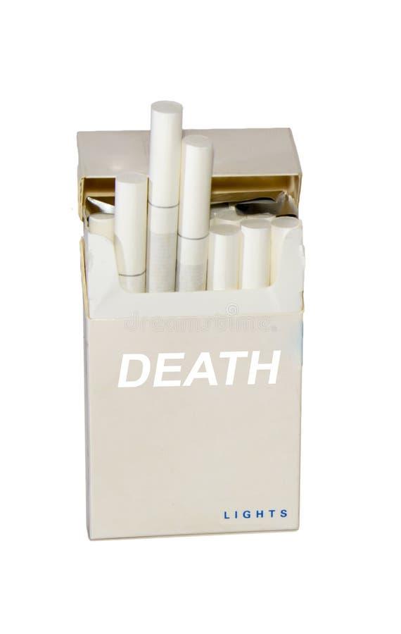 Pacchetto di sigarette fotografia stock libera da diritti