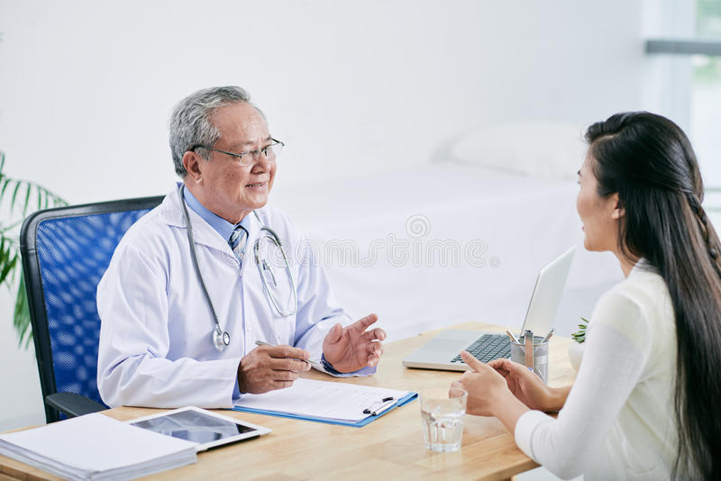 Paciente asesor fotografía de archivo libre de regalías