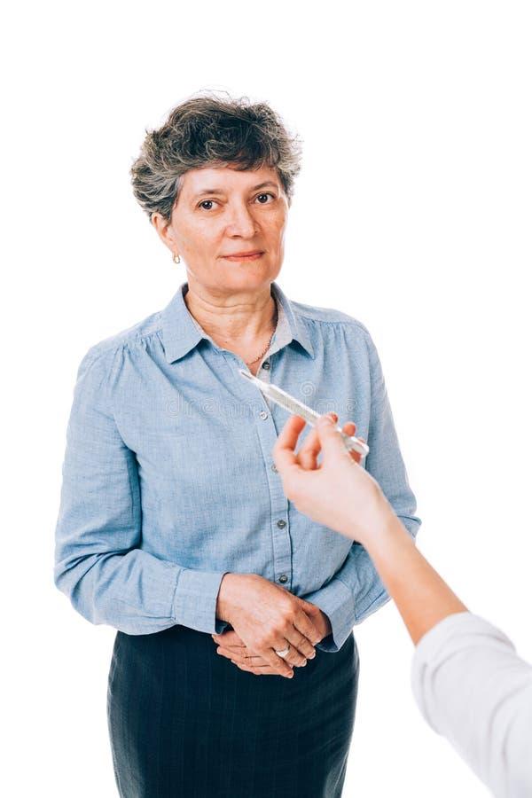Paciente con fiebre foto de archivo