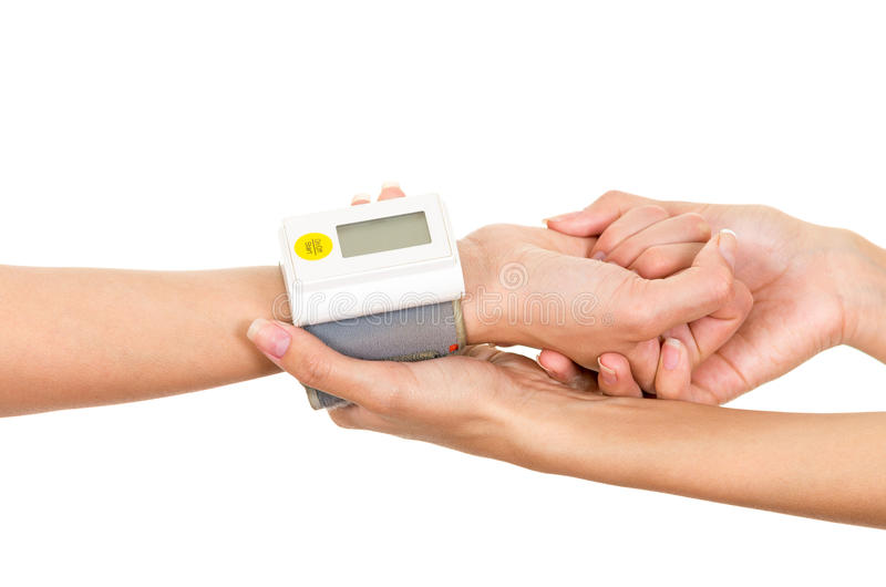 Pacjenci zbroją z glikoza metru miarą wokoło nadgarstku i lekarki wręczają mienia zachęcanie zdjęcia royalty free