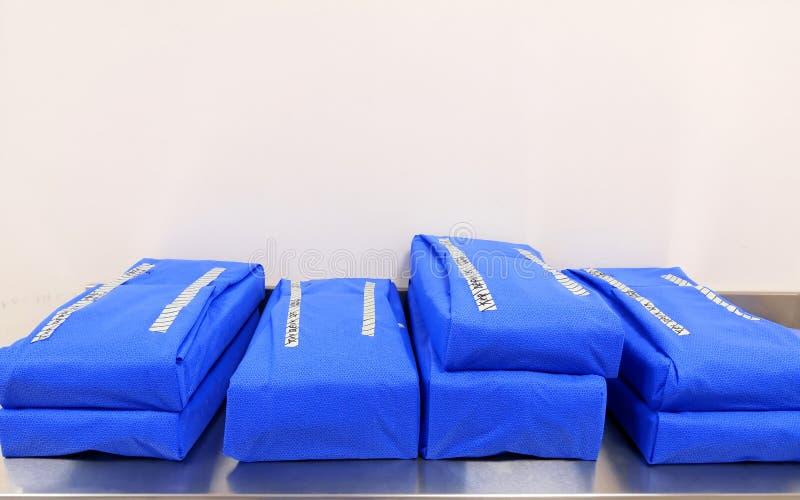 Packad steril kirurgisk uppsättning arkivfoton