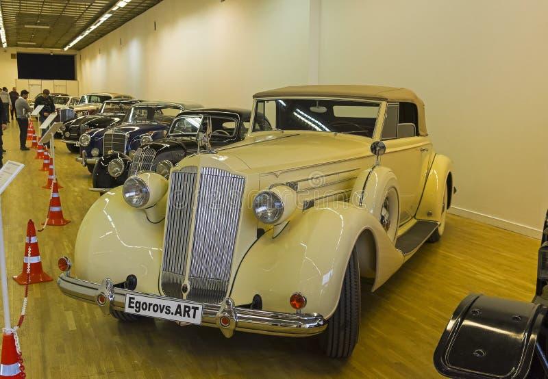 Packard bil för tolv serier royaltyfri bild