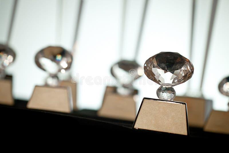 Packe av den klara för troféutmärkelse för crystal exponeringsglas vinnaren arkivfoto