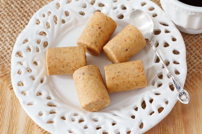 Pacoca - brasilianische Süßigkeit der Grunderdnuß lizenzfreies stockbild