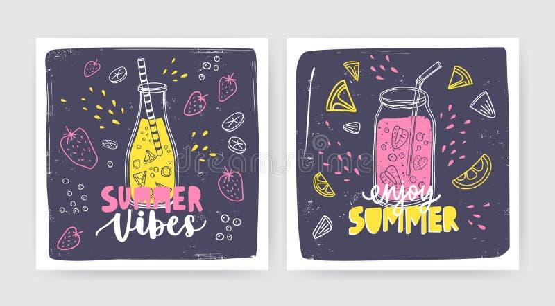 Pacote de moldes quadrados do cartão com batidos, sucos ou cocktail na garrafa e no frasco com palha e rotulação verão ilustração do vetor