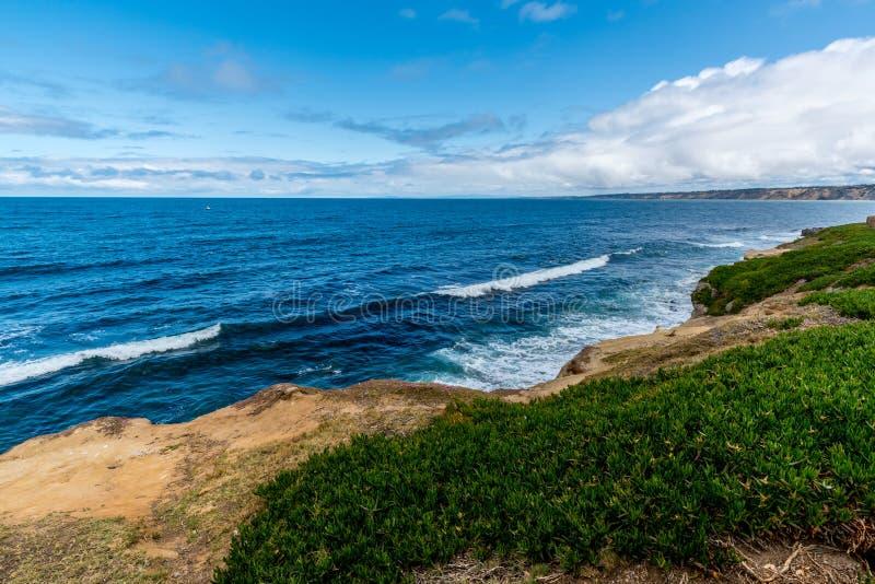 Pacyficznego oceanu linia brzegowa w Kalifornia obraz stock