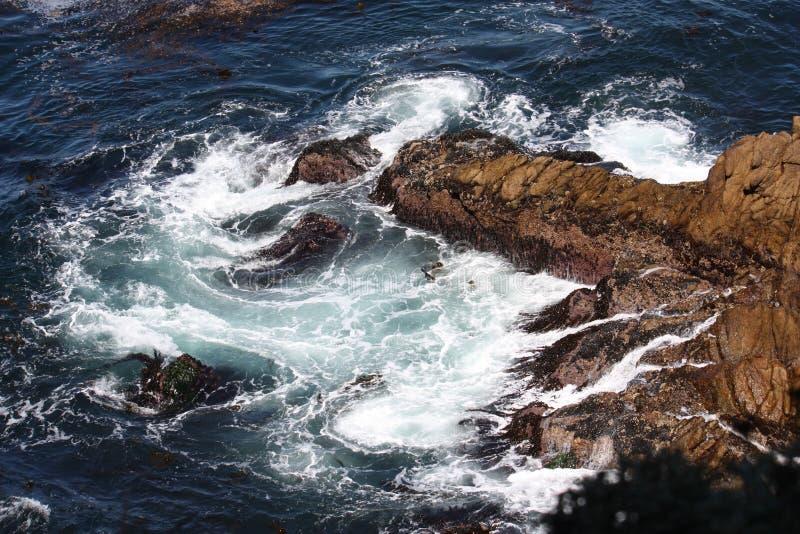 Pacyficzny ocean przy punktem Lobos, Kalifornia zdjęcia stock