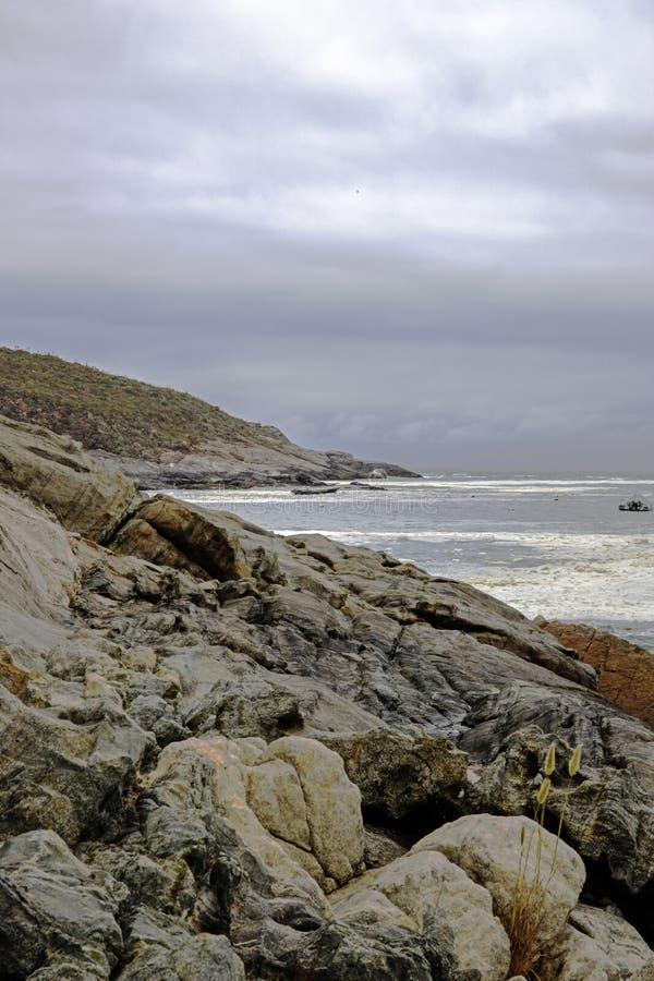 Download Pacyficzny Ocean Santiago De Chile Obraz Stock - Obraz złożonej z plaża, wybrzeże: 106903045