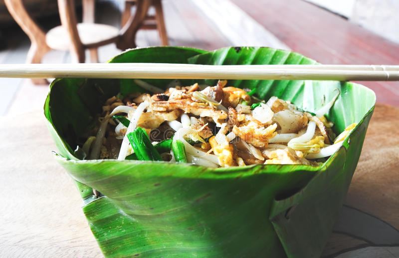 Download Pad thai in banana leaf stock image. Image of thai, snack - 23543021