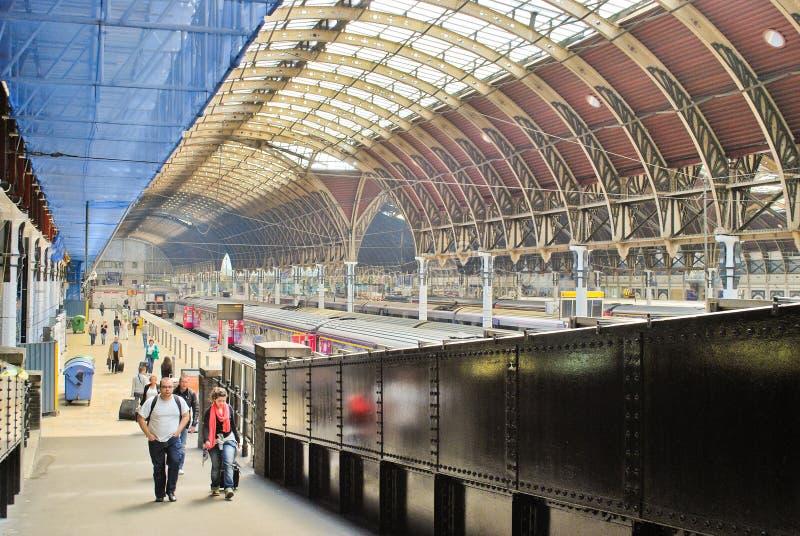 Download Paddington Train Station editorial stock photo. Image of life - 20547113