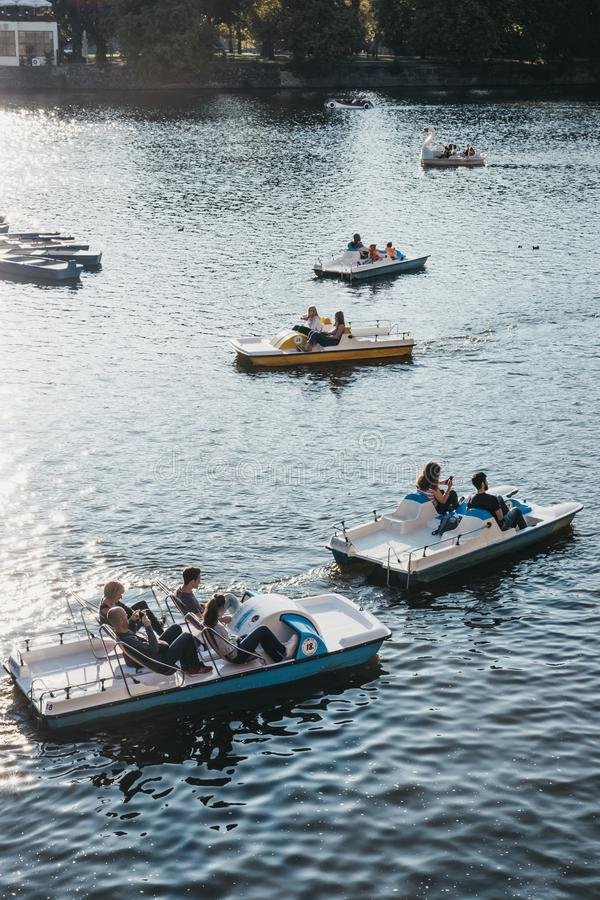 Free Paddle Boats On Vltava River In Prague, Czech Republic Stock Photos - 134937083