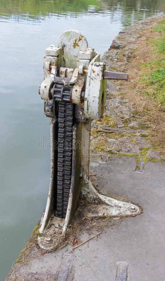 Paddle gear of lock on the Kennett and Avon Canal. The Paddle gear that opens and closes valves in a lock. Kennett and Avon Canal, Devizes, Wiltshire, England stock image