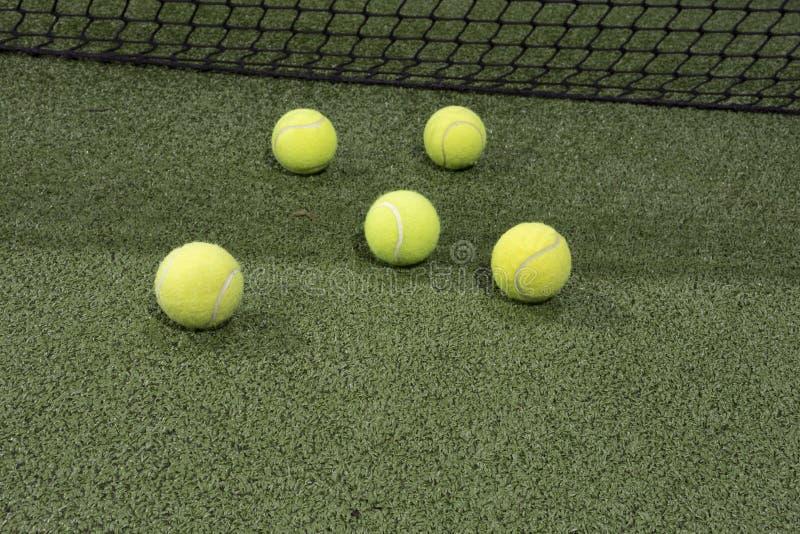 Paddle piłka w astroturf sądzie obrazy stock